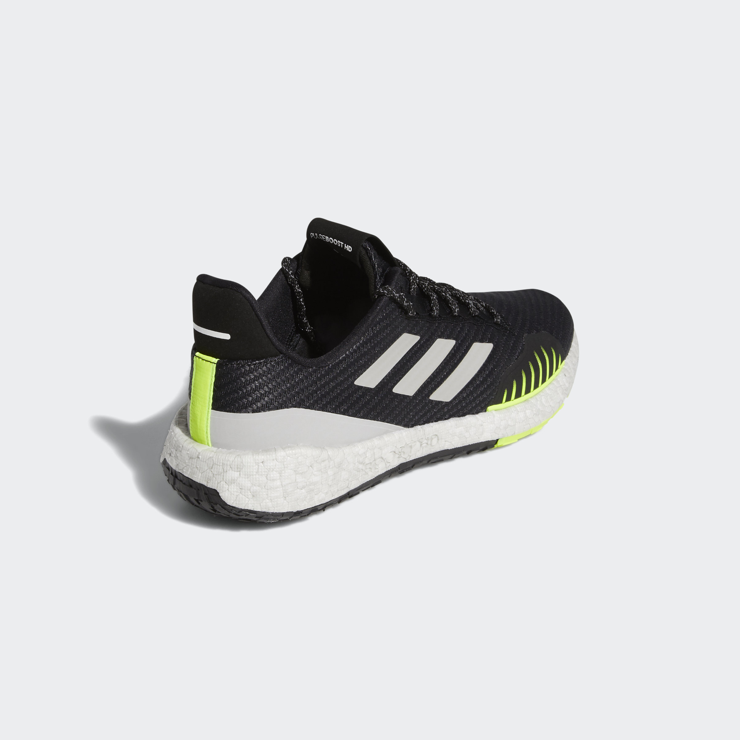 miniature 16 - adidas Pulseboost HD Winter Shoes  Athletic & Sneakers