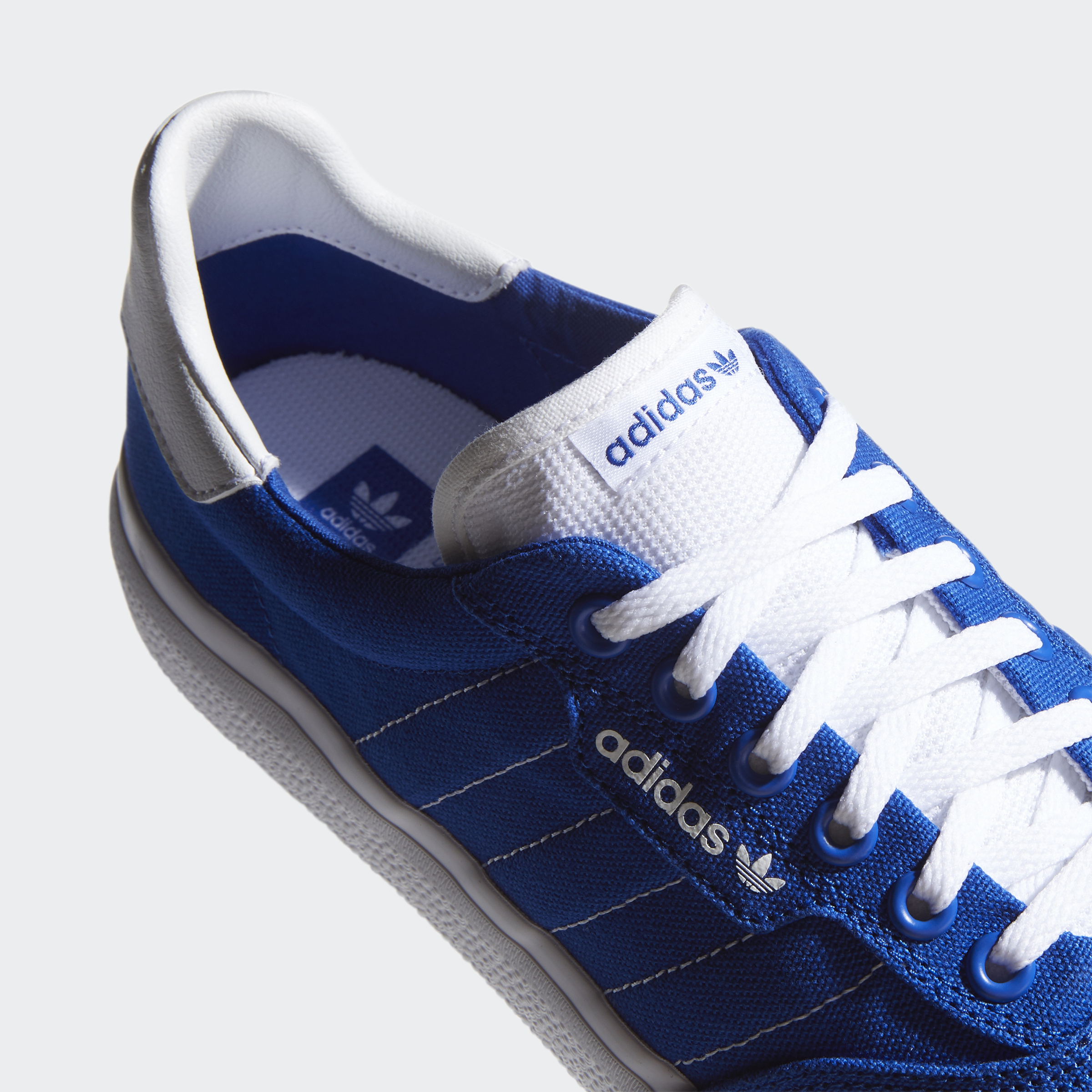 adidas-3MC-Shoes-Athletic-amp-Sneakers miniature 35